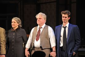 Phillip Seymour Hoffman (center) as Willy Loman on Broadway