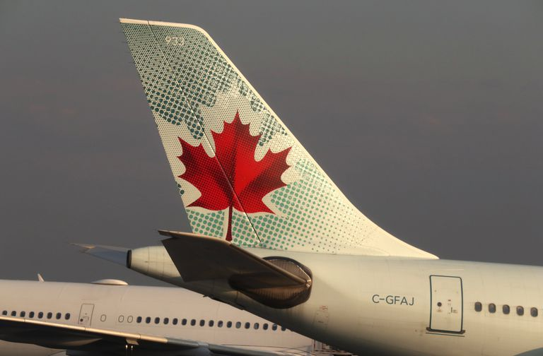 Airplanes at Toronto Pearson International Airport