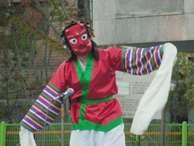 Korean traditional mask-dancer