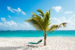 Una playa caribeña, destino de muchos americanos.