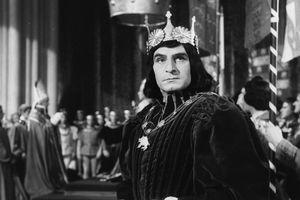 Sir Laurence Olivier in costume as Richard III