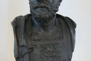 Bust of Hannibal Barca on shelf.