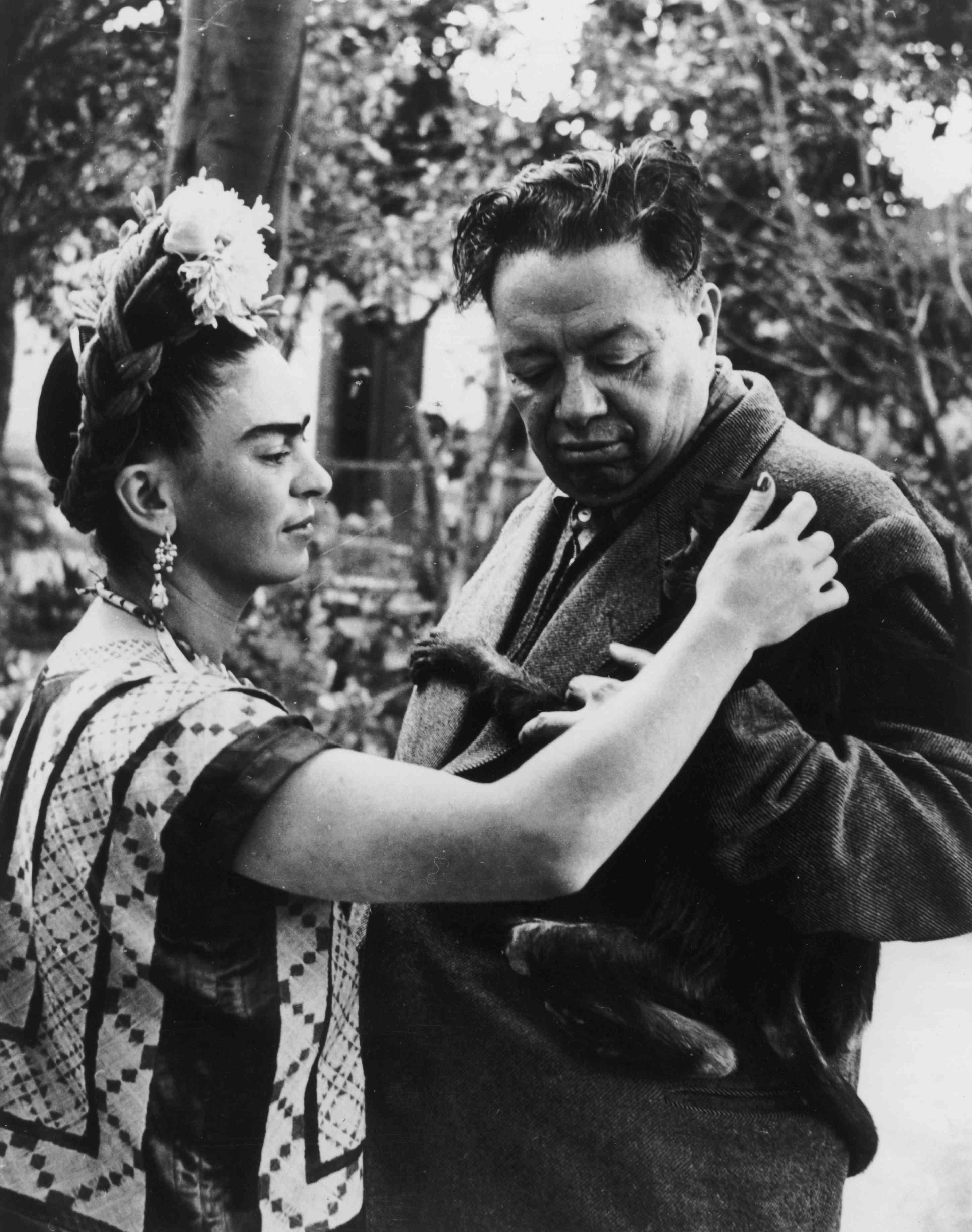 Frida Kahlo With Husband Diego Riviero