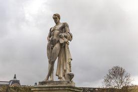 Statue of Lucius Quinctius Cincinnatus