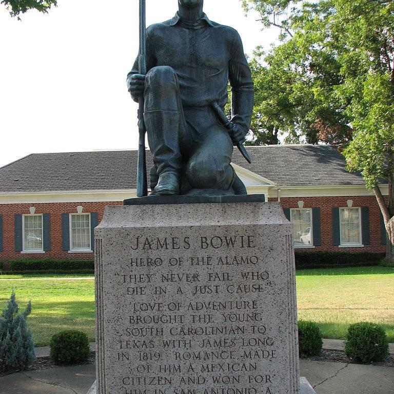 Jim Bowie Statue