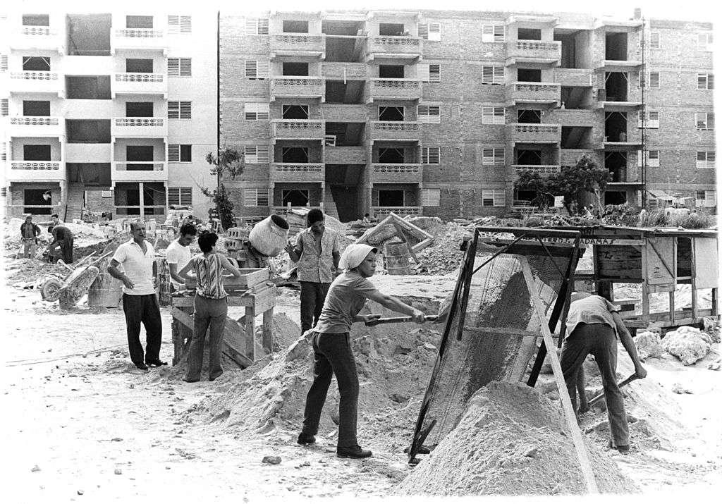 CONSTRUCTION IN HAVANA
