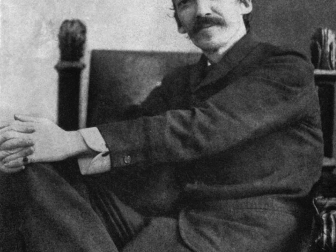 Robert Louis Stevenson's Classic Essay on Walking Tours