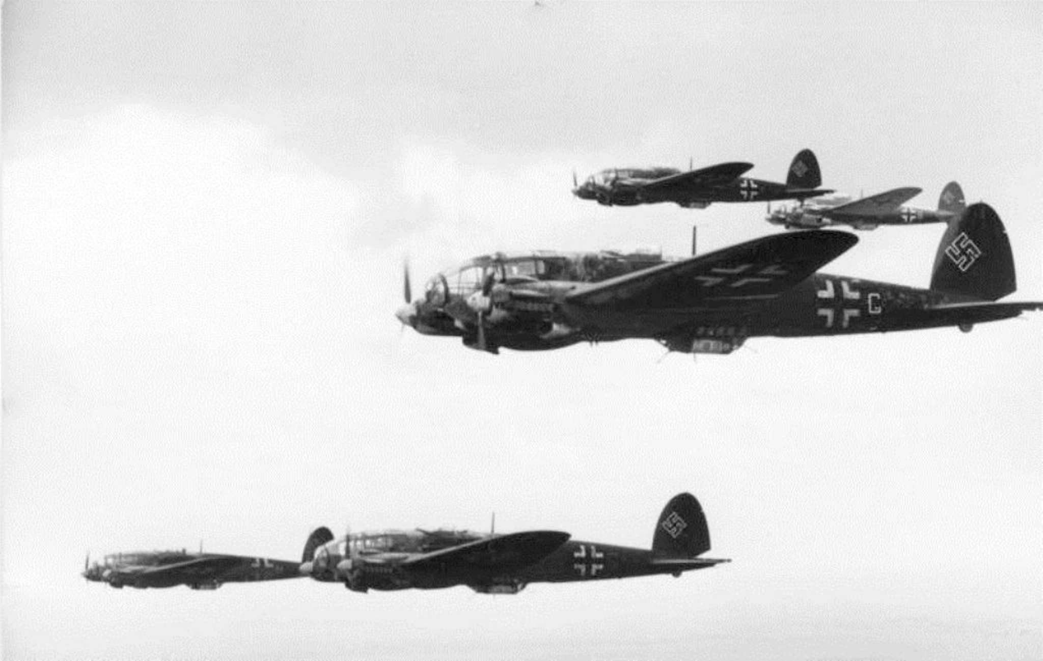 Heinkel He 111 planes in formation.