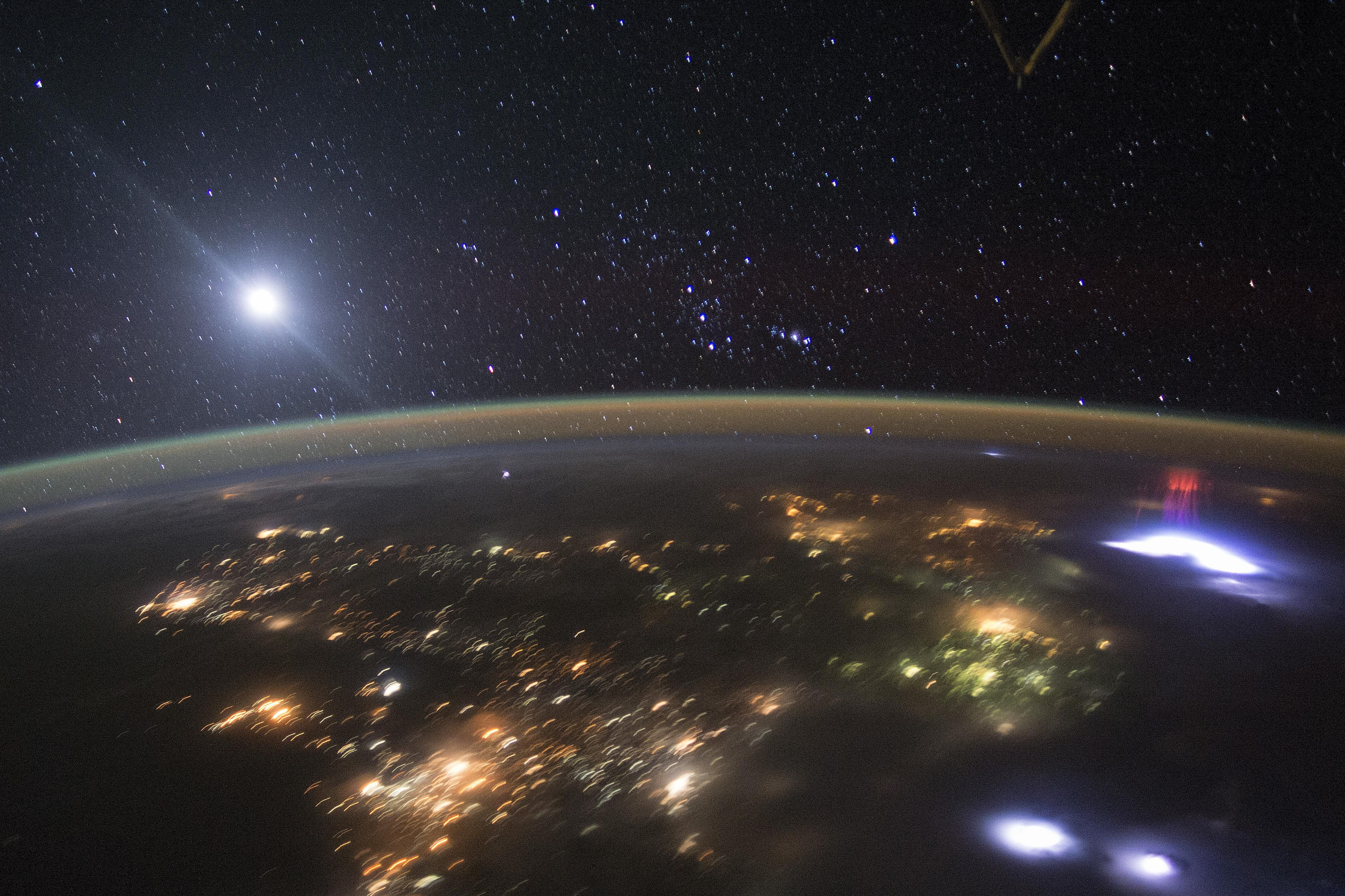 red sprites lightning from space