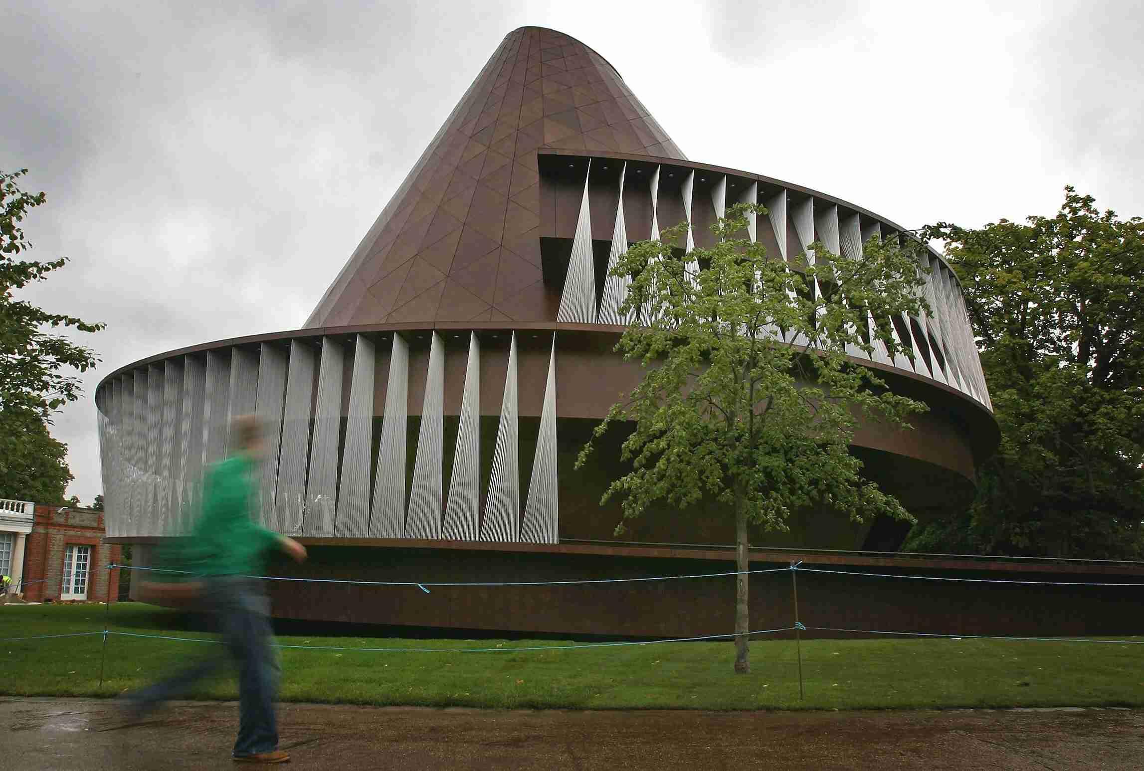 The Serpentine Gallery Pavilion in 2007, London, by Norwegian Architect Kjetil Thorsen