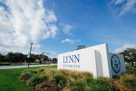 Lynn University campus sign