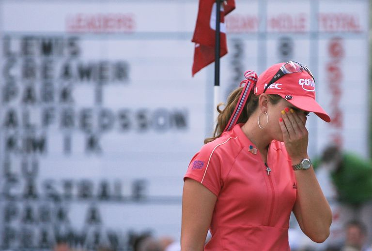 Paula Creamer react after making a double bogey