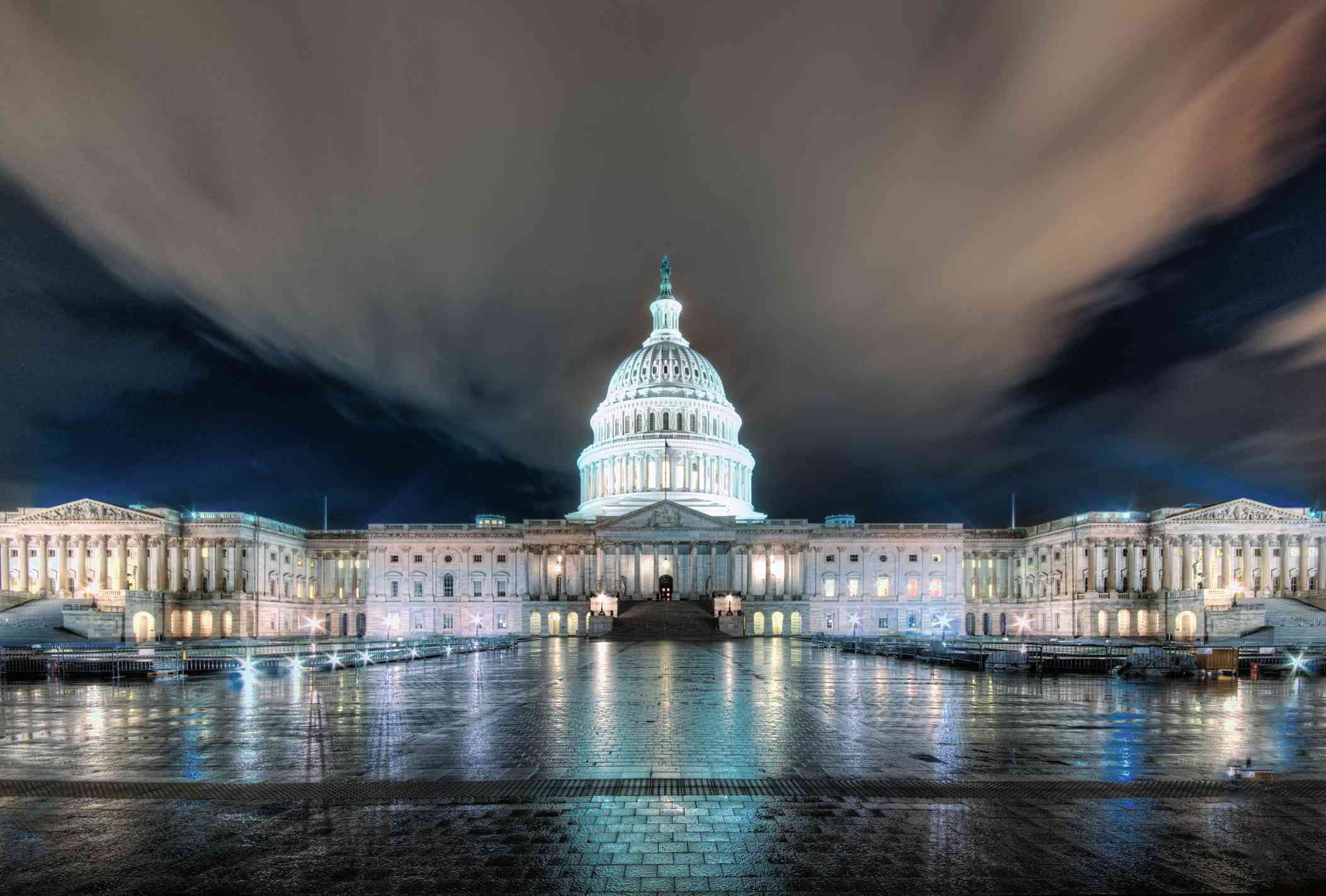 Washington DC Capitol building captured at night