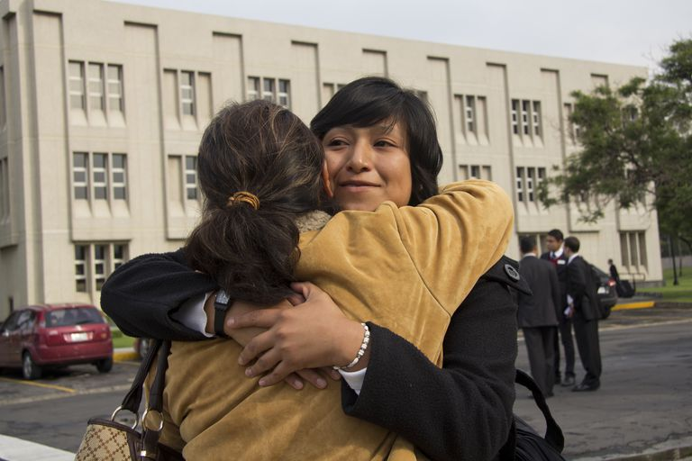 Missionary saying goodbye at Mexico MTC.