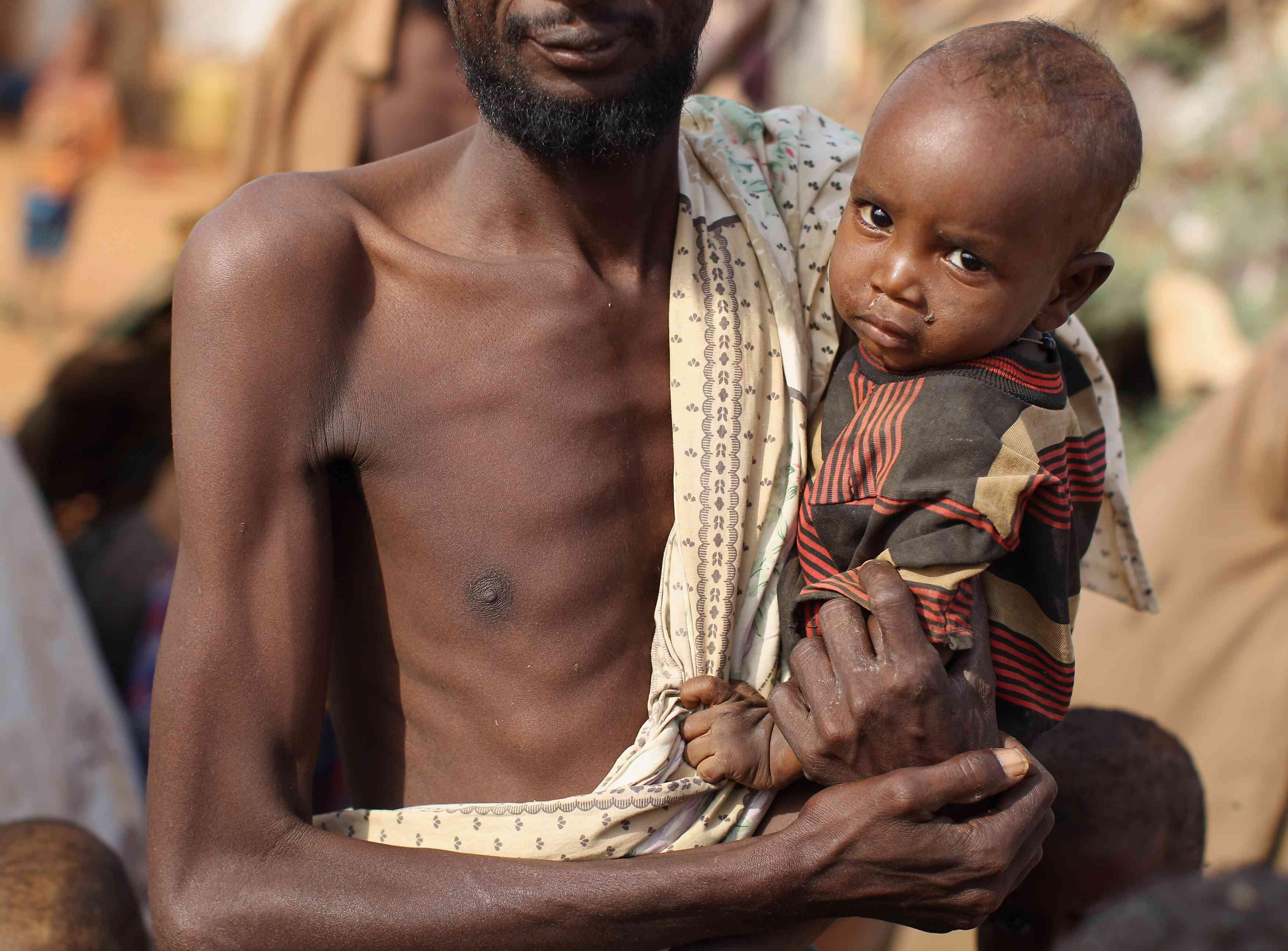 Els refugiats acudeixen a Dadaab mentre la fam s'aprèn a Somàlia