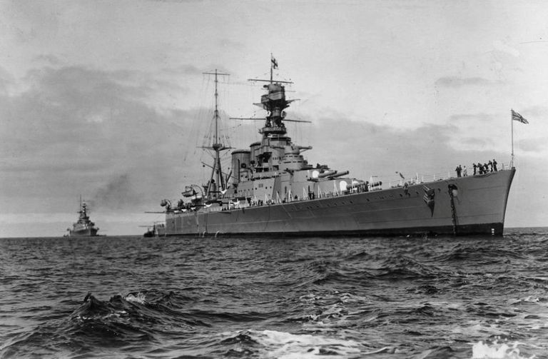WW2 British Royal Navy HMS Hood Picture
