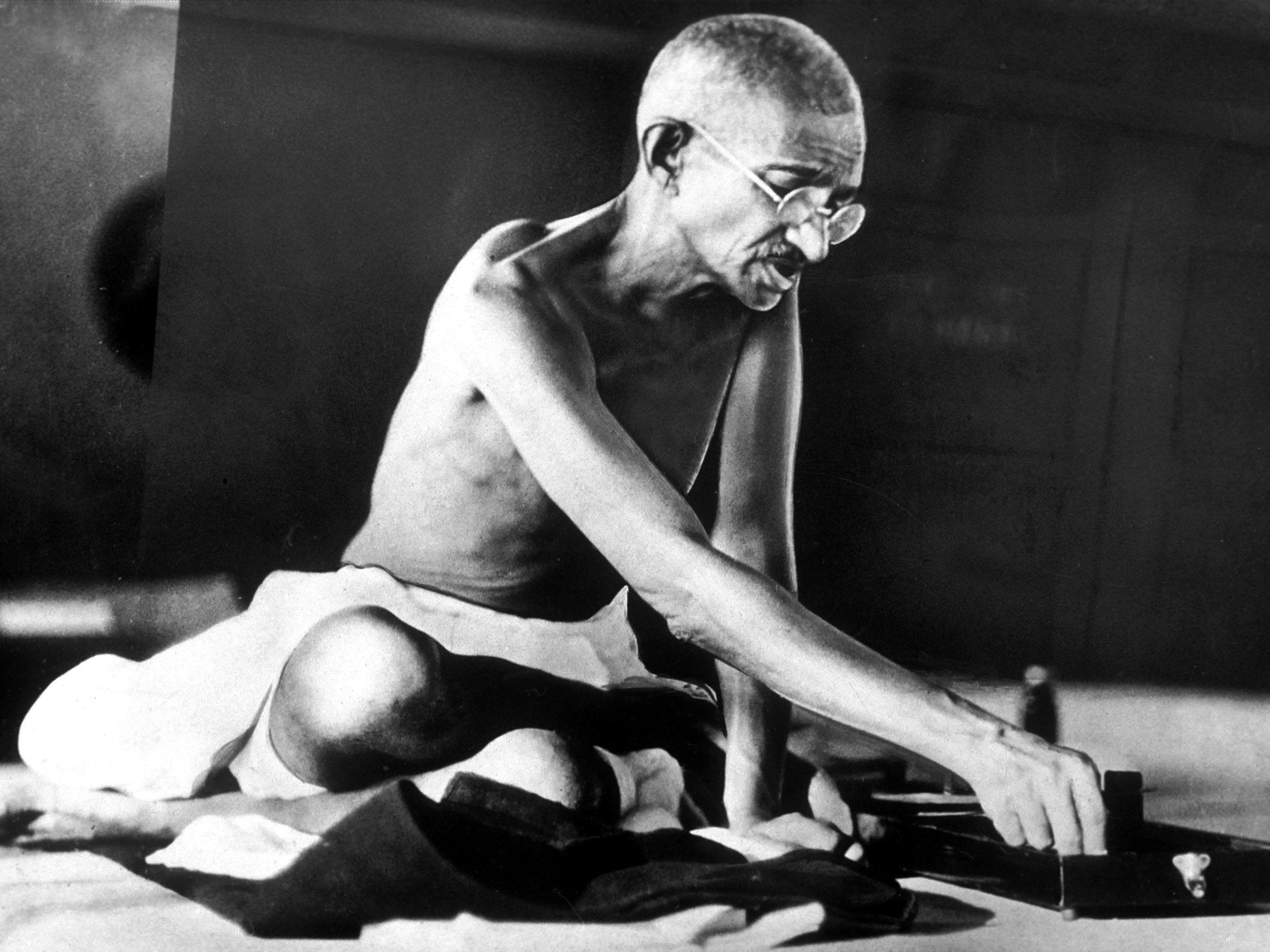 Biography of Mohandas Gandhi, Indian Freedom Leader