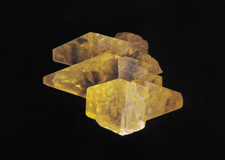 Sulfur forms distinctive yellow crystals that spontaneously change shape.