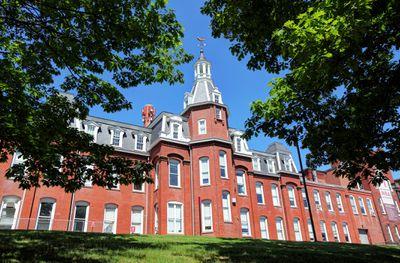 George Washington University: Acceptance Rate, SAT/ACT Scores, GPA