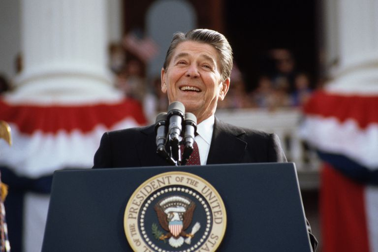 Ronald Reagan Giving Campaign Speech