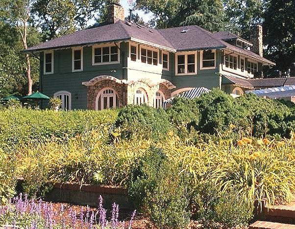 The VanLandingham estate in Charlotte, North Carolina