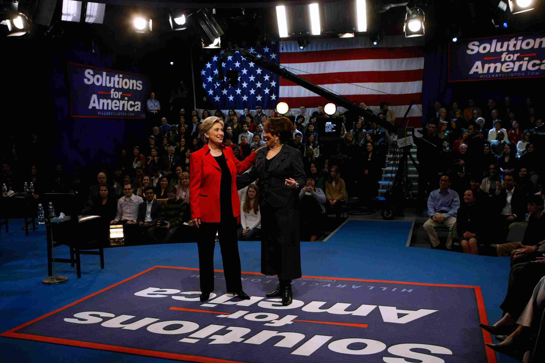 Carole Simpson with Hillary Clinton
