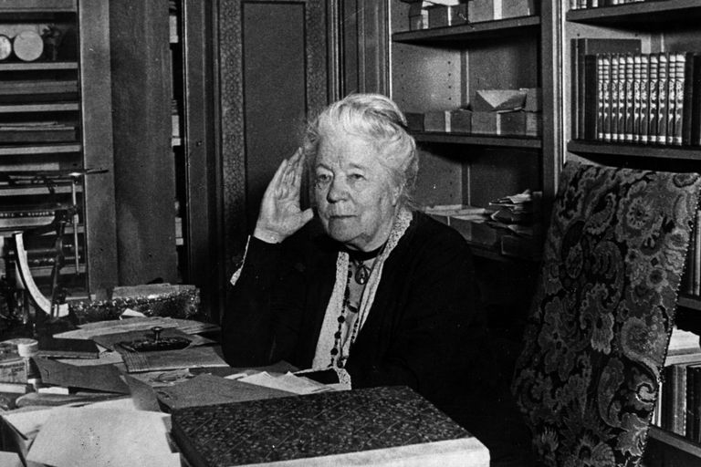 Selma Lagerlof at her desk