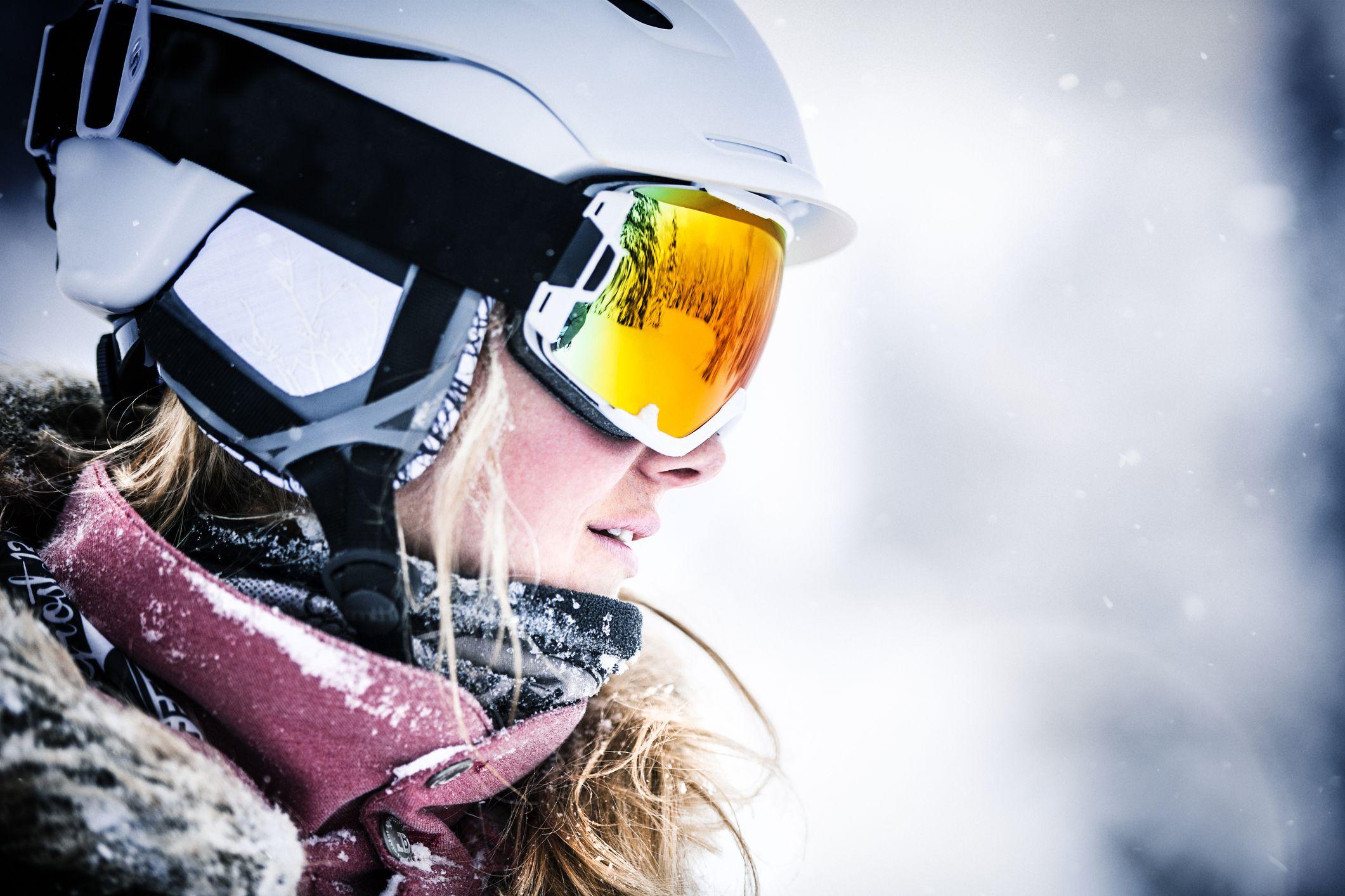ce6278275e9 Compare Regular and Over-the-Glasses (OTG) Ski Goggles