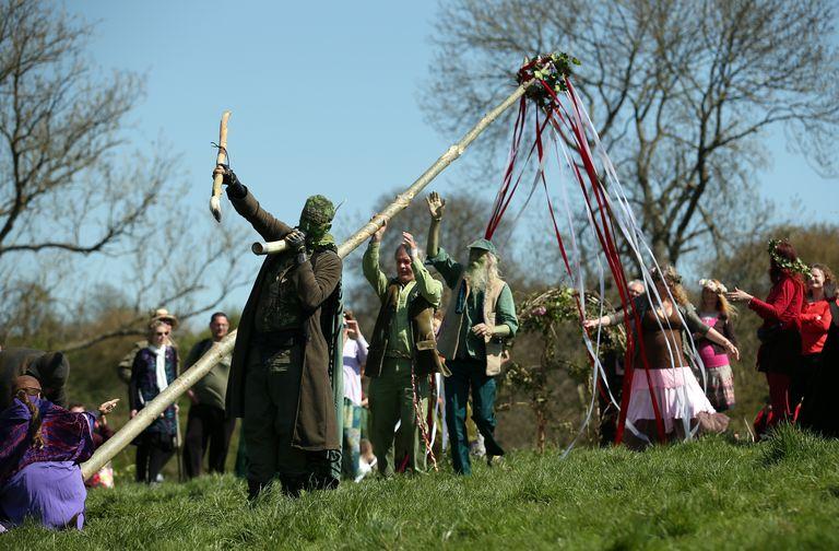 May Day Celebrations In Glastonbury