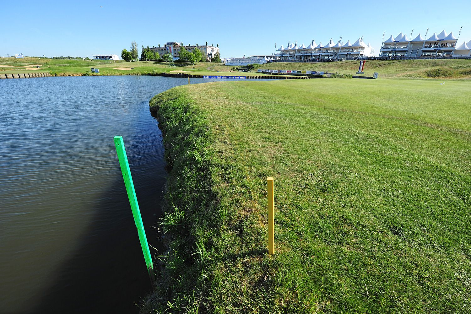 The Meaning of Colored Stakes and Lines on the Golf Course