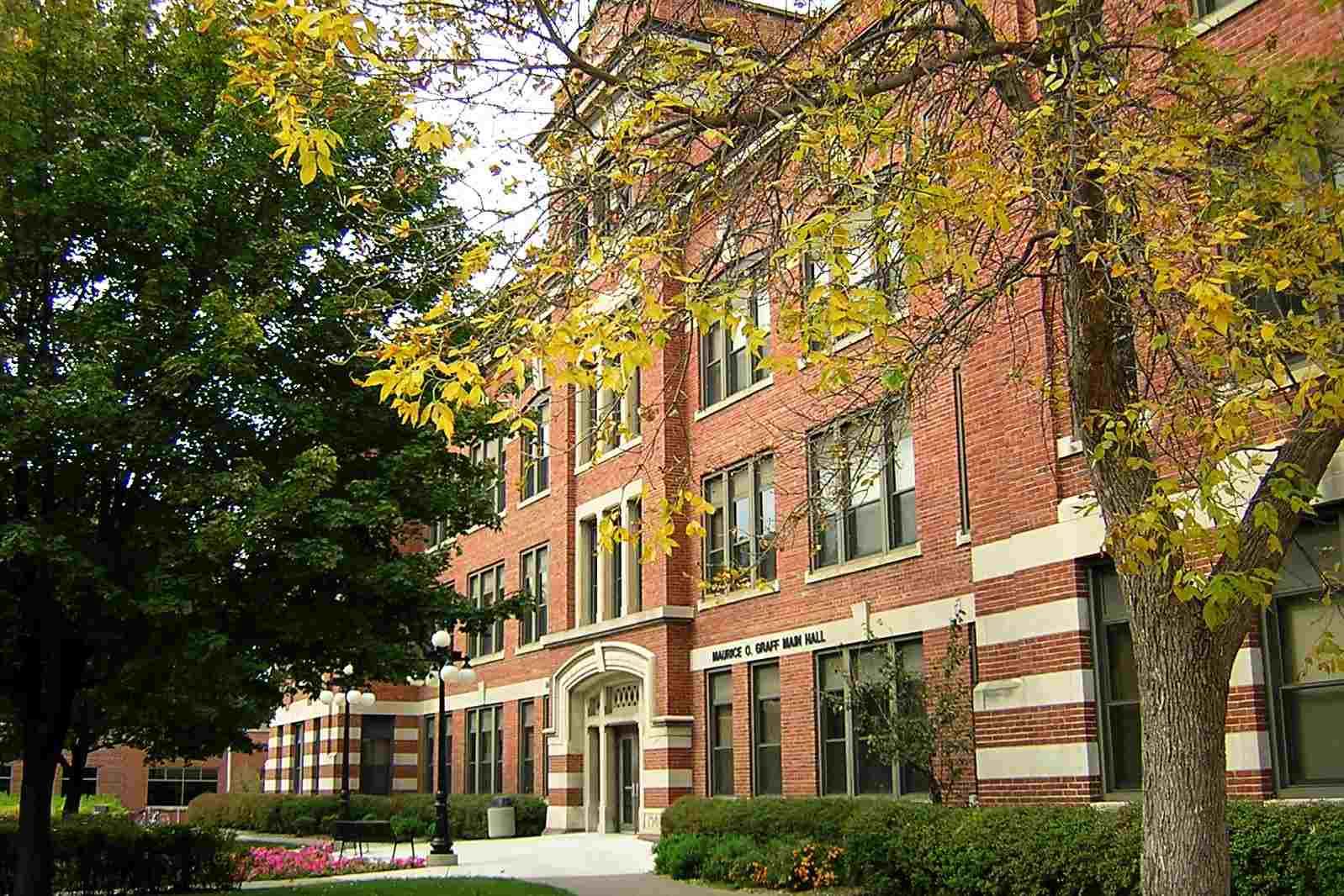 Main Hall at the University of Wisconsin La Crosse