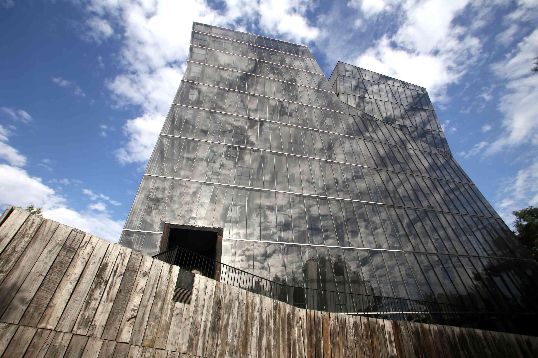CHILE-ARCHITECTURE-PRITZKER-ARAVENA