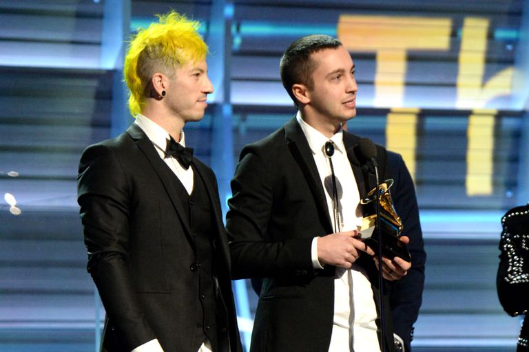 Musicians Josh Dun (L) and Tyler Joseph of Twenty One Pilots accept Best Pop Duo/Group Performance award for 'Stressed Out' onstage during The 59th GRAMMY Awards at STAPLES Center on February 12, 2017 in Los Angeles, California.