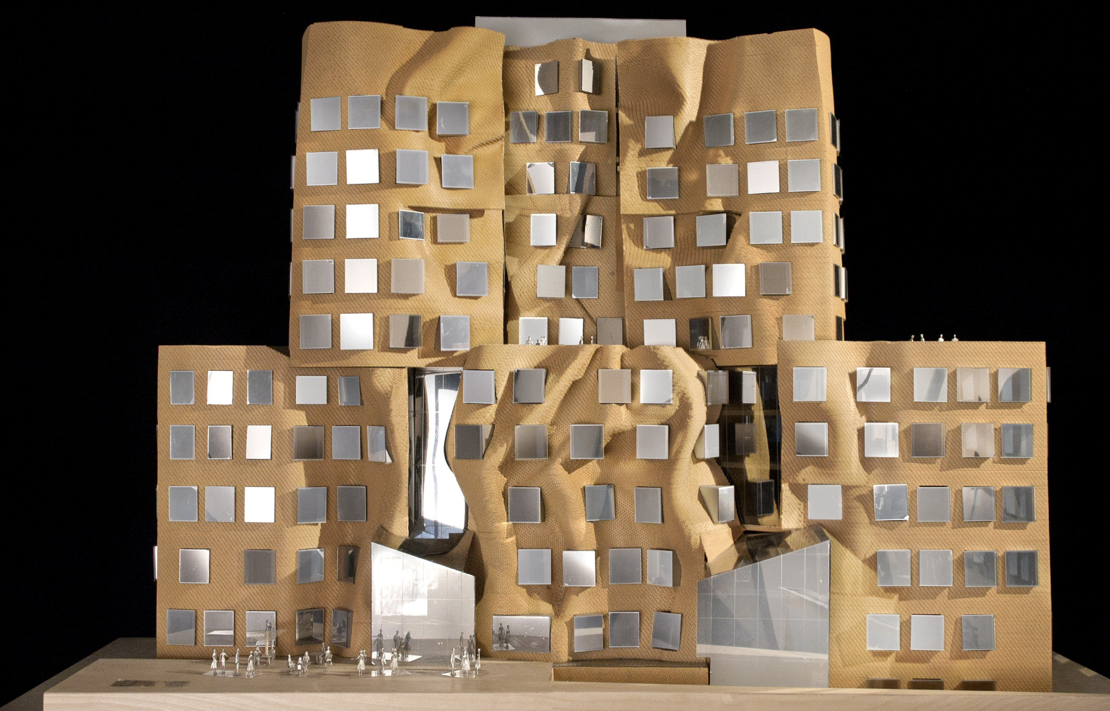 model of Frank Gehry Treehouse design has been described as a crumpled paper bag