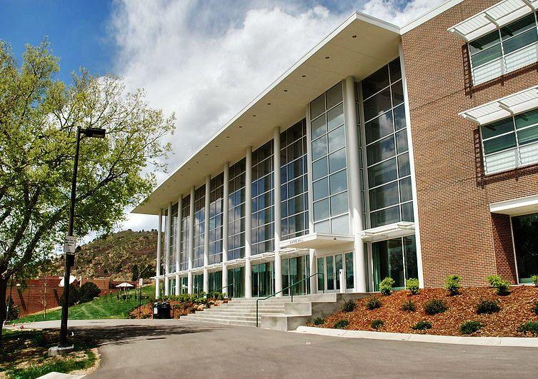 Colorado university admissions essay