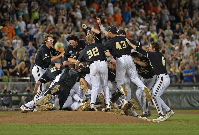 Vanderbilt defeats Virginia to win World Series June 25, 2014.