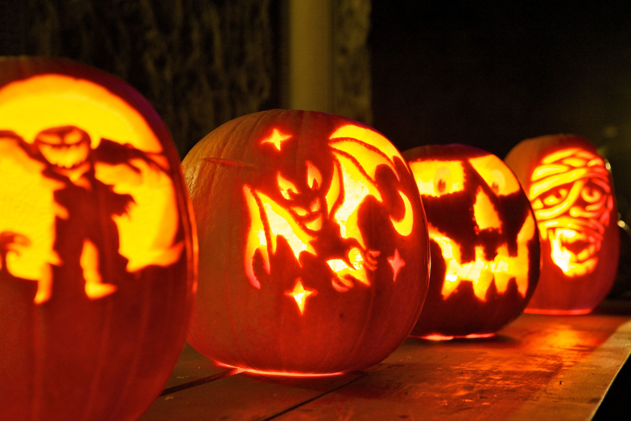 why do we carve pumpkins on halloween?