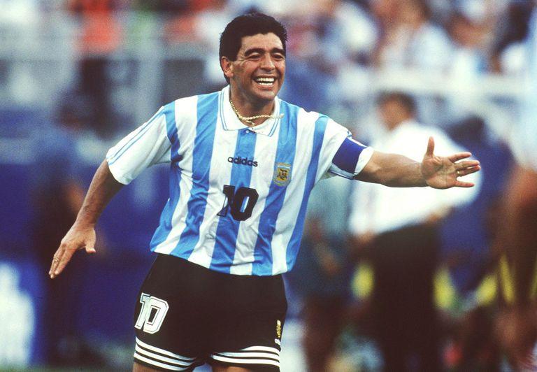 Hasil gambar untuk diego maradona