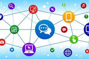 Chatbubbles Internet Communication Technology Triangular Node Pattern Background
