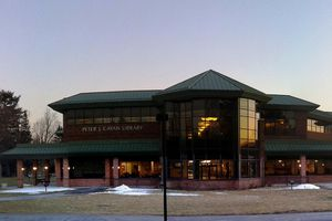 Cayan Library at SUNY Polytechnic Institute