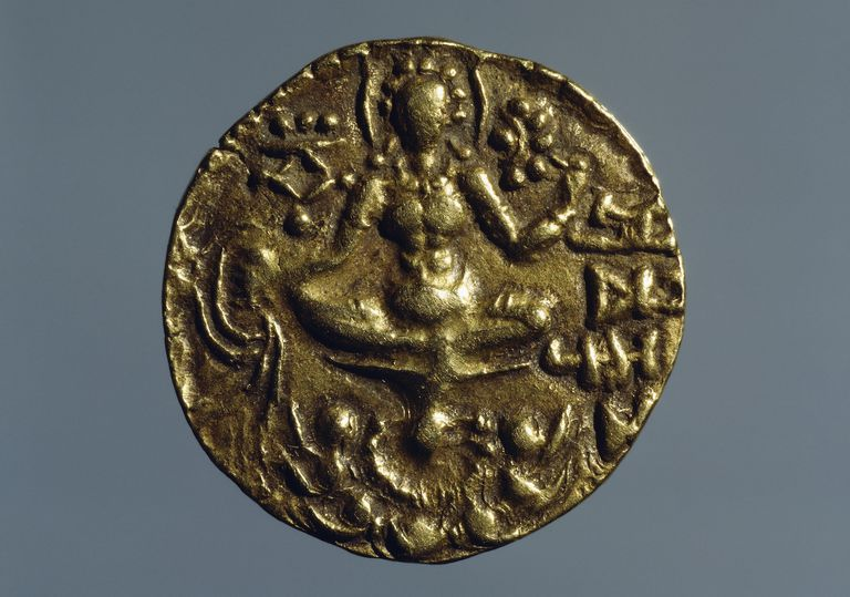 Coin of Vikramadytia Chandragupta II, depicting Goddess Lakshmi