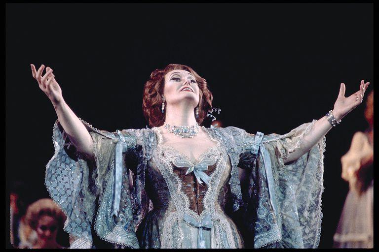 Opera Divas - The Marriage of Figaro - Duettino-Sull'aria ...