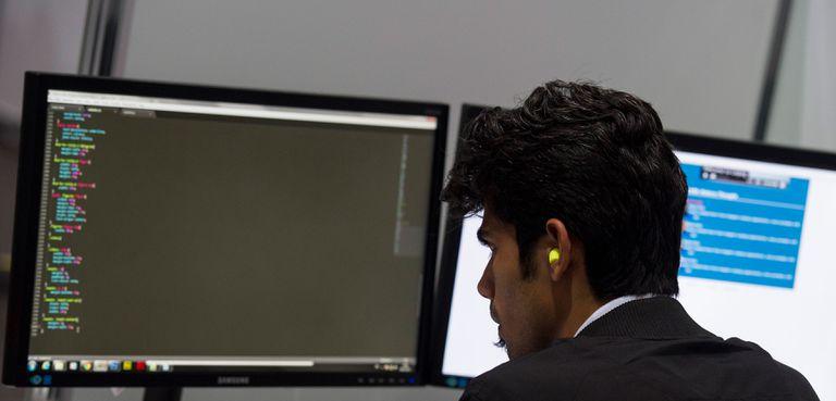 A man using an external style sheet on Windows