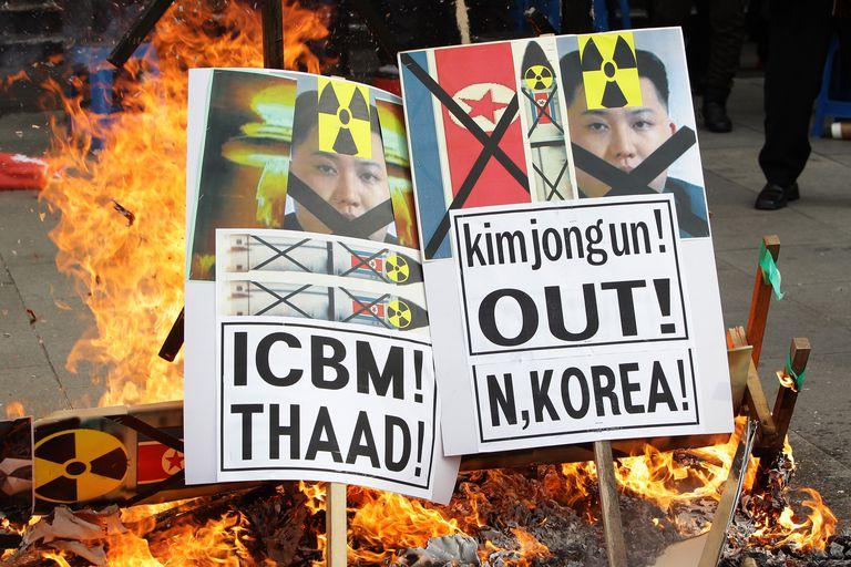 South Koreans protesting North Korea's rocket launch