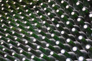 bottles for high-quality wine from Spain