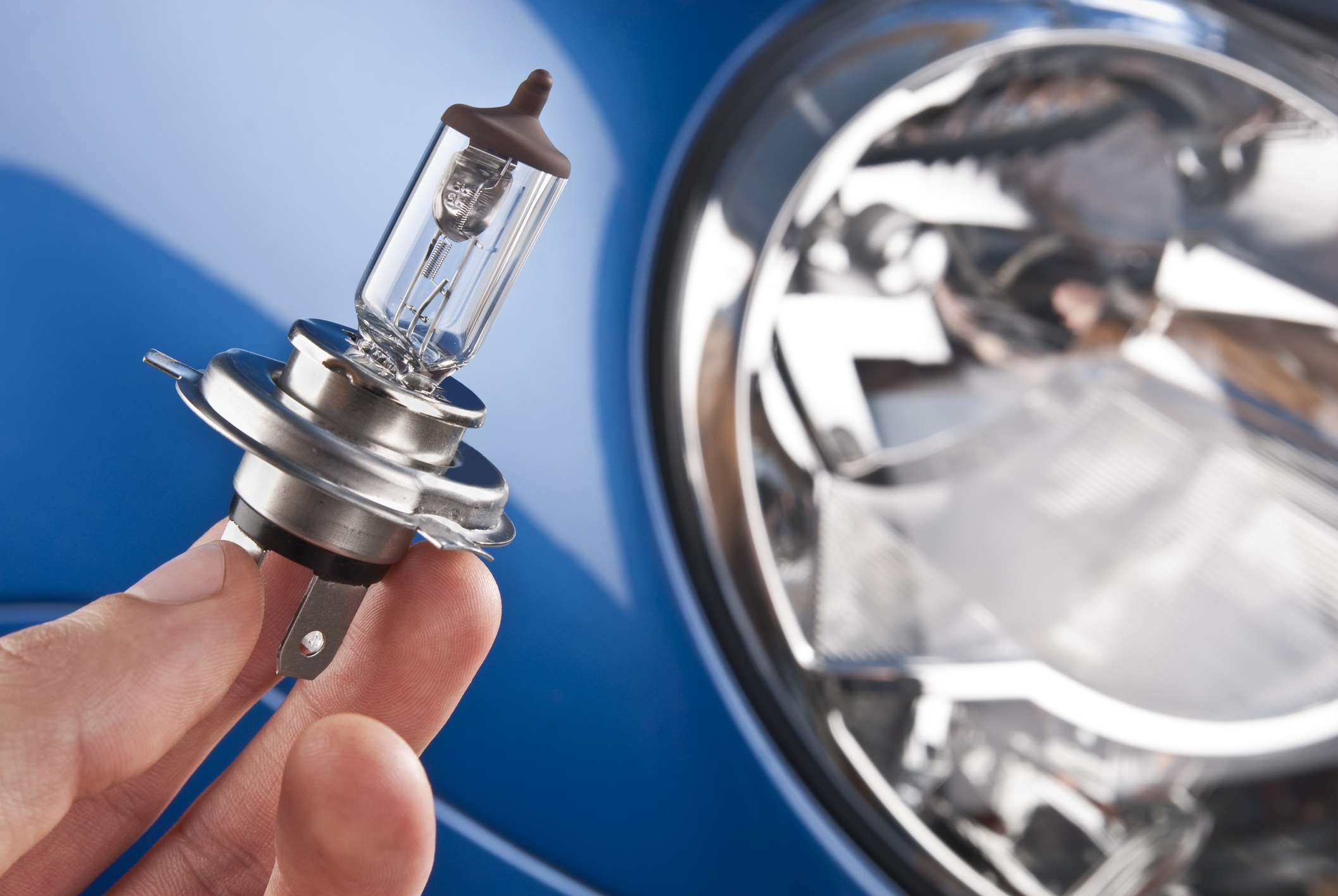 9 Reasons Your High Beam Headlights Are Not Working 2005 Sterling Truck Ignition Switch Wiring Diagram Checking Out A Headlight Bulb