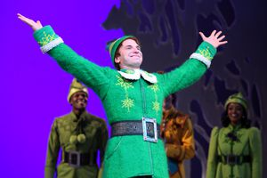 USA - 'Elf' Curtain Call in New York City