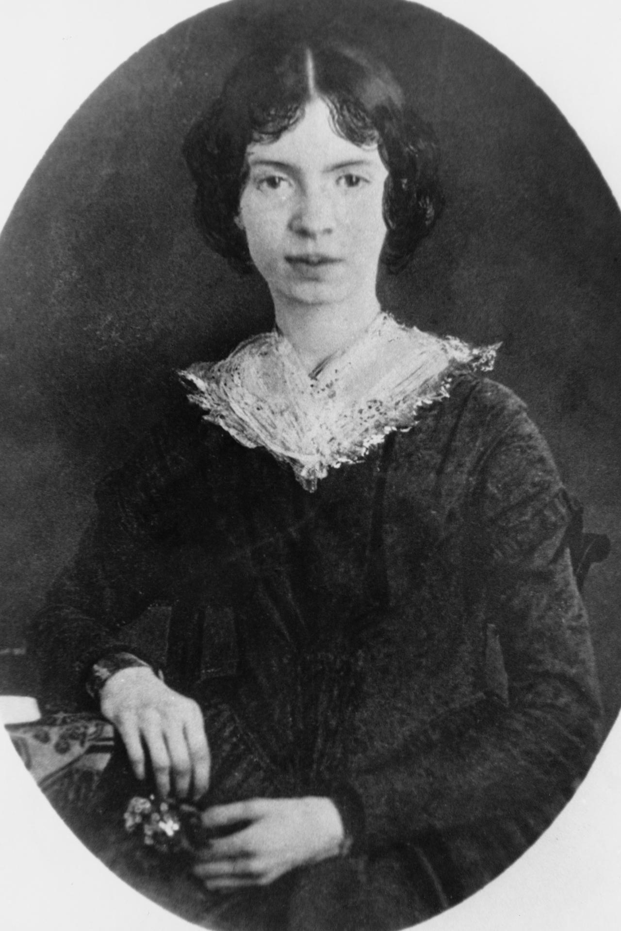 Poem Lyrics Of Some Of The Best Emily Dickinson Poems