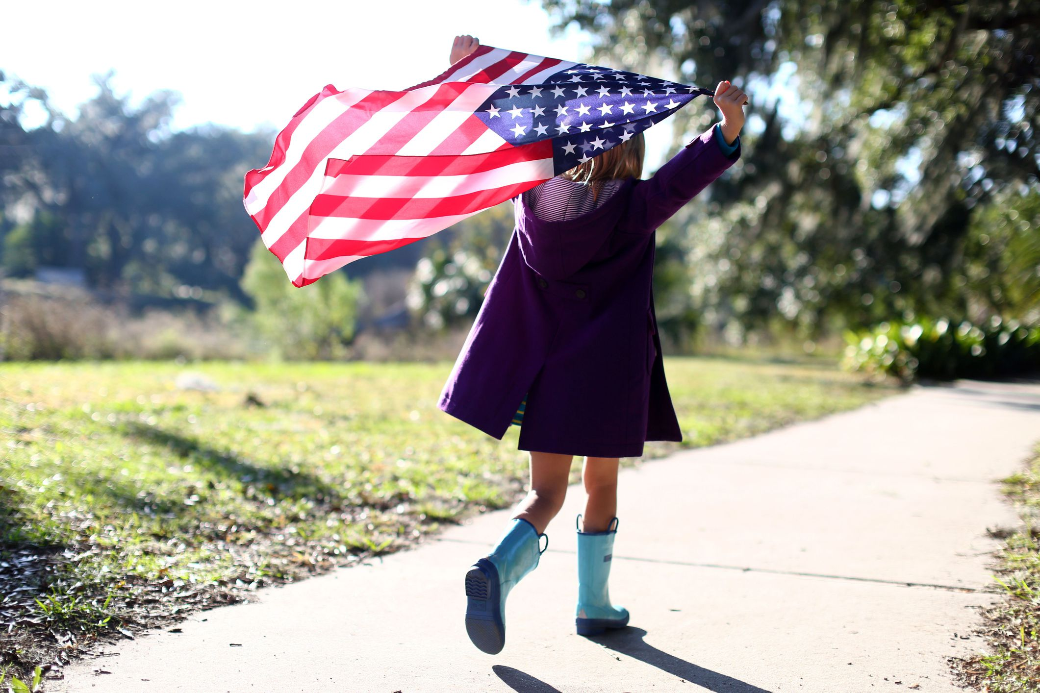 american fream The american dream and the american way are terms which refer to the dreams and ideals of generations of americans there is much debate over exactly which dreams and ideals these are, and the term is often used ironically.