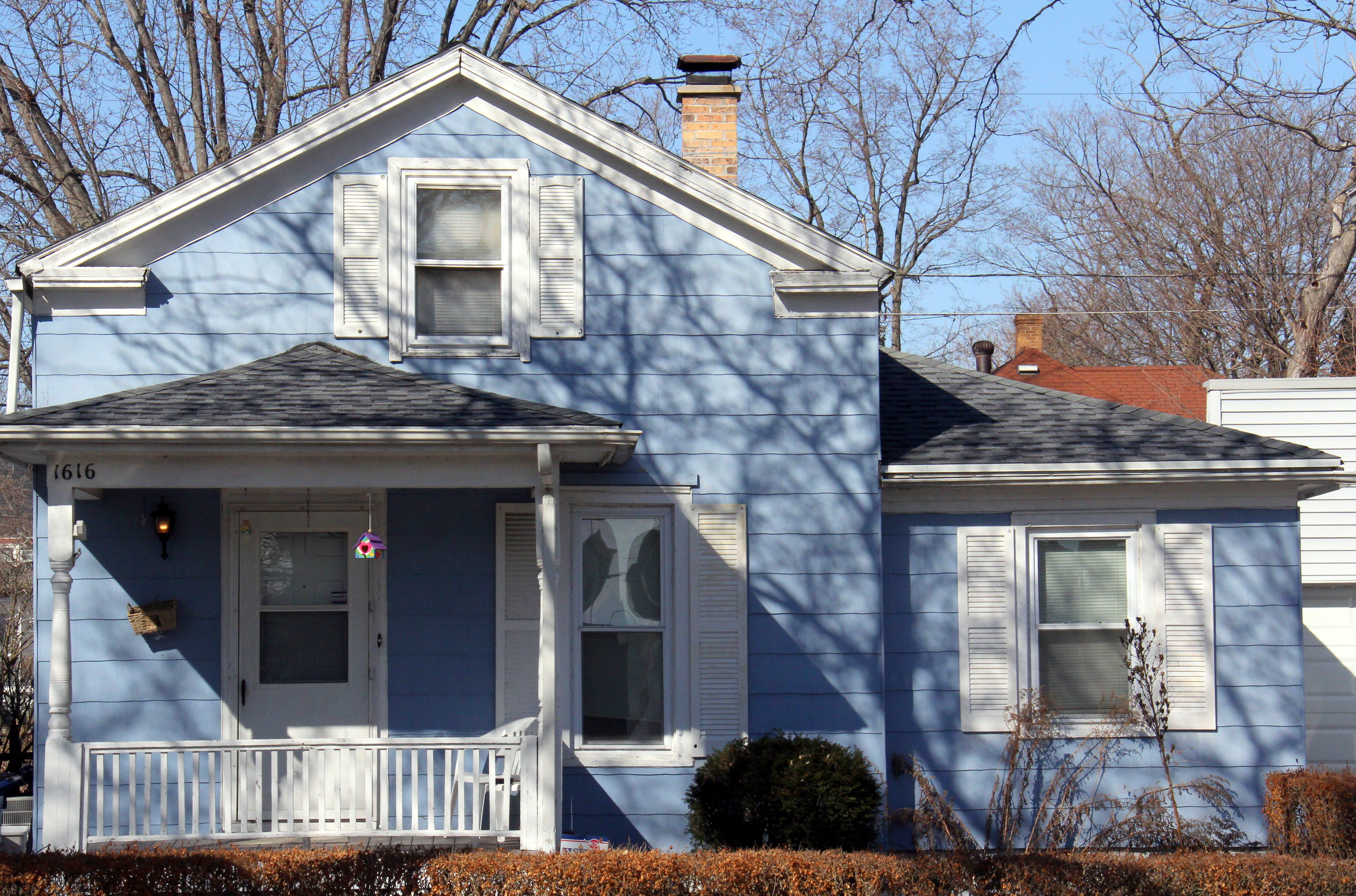 Blue House, Front Gable, Cornice Returns